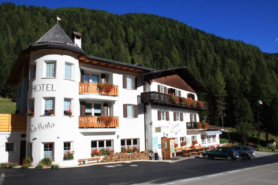 Hotel ristorante la baita for Le piu belle baite in montagna